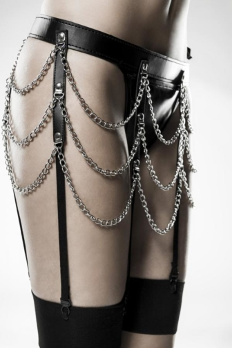 three-part Garter Set by Grey Velvet