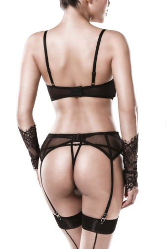 5-piece garter and bra set by Grey Velvet